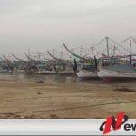 Cuaca Buruk, Nelayan Sumenep Tidak Berani Melaut
