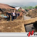 Komisi IV DPRD Bondowoso Tinjau Rumah Yang terdampak Banjir Bandang Di Ijen