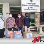 PWI Bondowoso Bersama Lora Fadil Bagikan 35 Ribu Masker