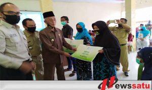 AMCF Gandeng Pemkab Bondowoso Berikan Bantuan Di Dua Desa