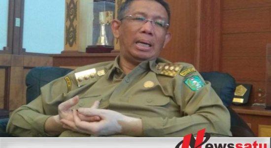 Gubernur Kalimantan Barat Akan Berhentikan Dua Kepala Sekolah SMK
