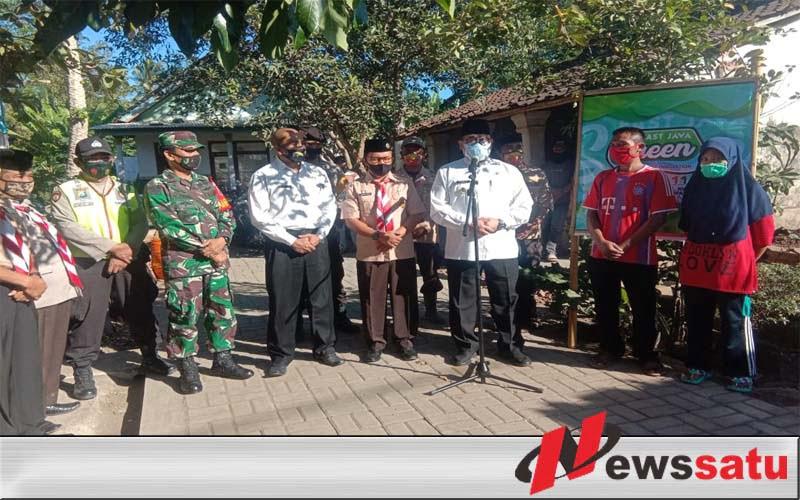 Kwarcab Pramuka Bondowoso Bangun Tujuh RTLH