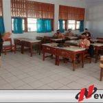 Edukasikan 3M, Relawan Blusukan Ruang Kelas SMA di Pamekasan