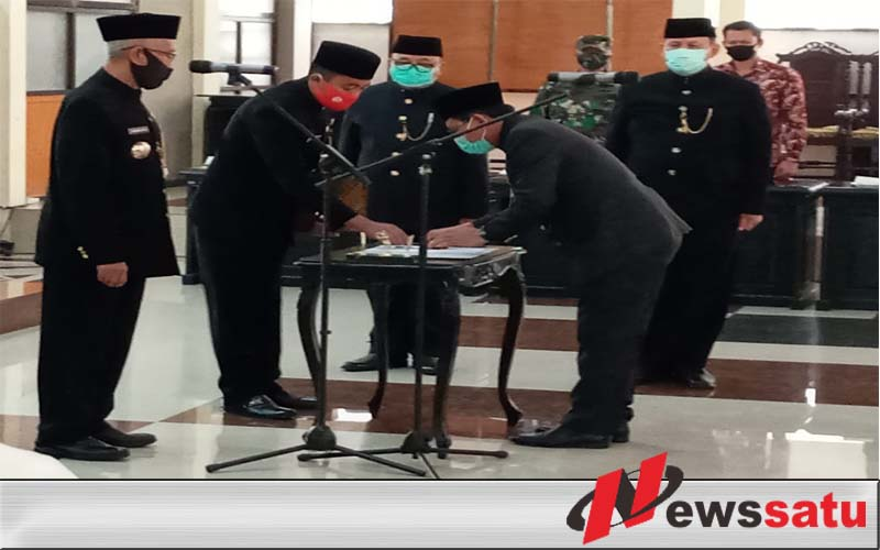 Bupati Salwa Arifin Lantik PJ Sekda Bondowoso