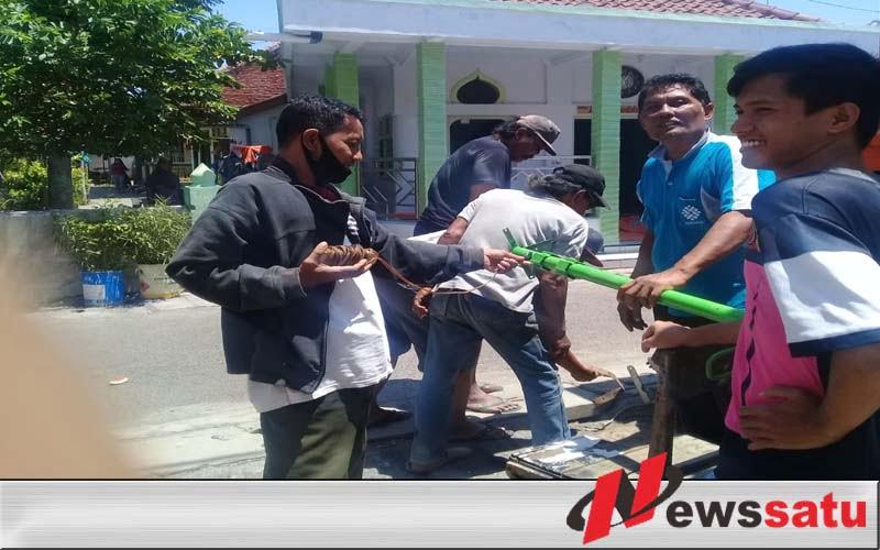 Jamaah Renovasi Mushollah Roudlatul Jannah Kota Probolinggo