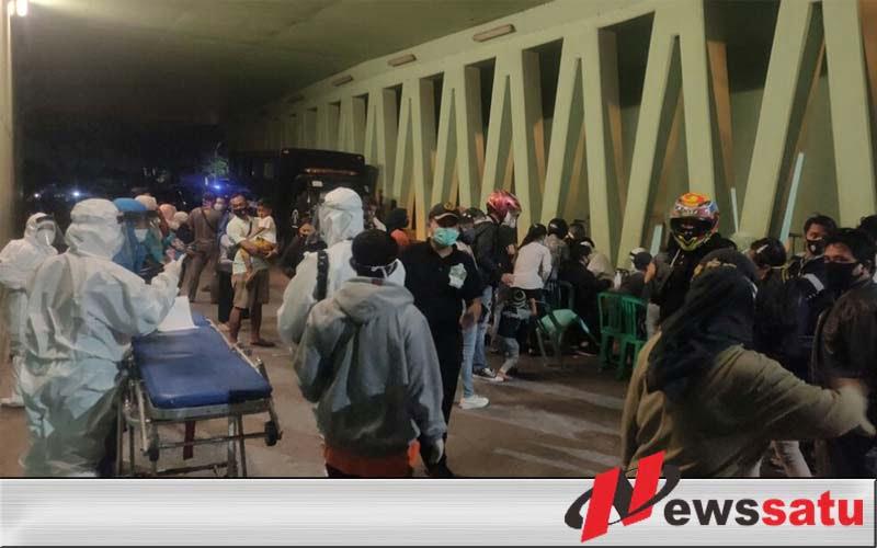 Nyangkruk di Suramadu, 23 Pemuda Reaktif Usai Dirapid Test Satgas