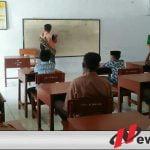 PKM Kedungdung Sampang Edukasi Pembuatan Desinfektan Mandiri