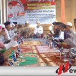 Para kiai dan guru ngaji di empat desa di Pragaan saat menggelar khotmil quran, istigasah deklarasi dukungan kepada Fauzi-Nyai Eva.