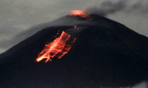 Gunung Semeru Meletus, Warga Bromo Probolinggo Diminta Waspada