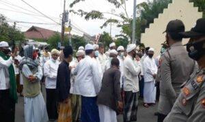 Mapolres Sampang diluruk Ratusan Massa Habib Rizieq