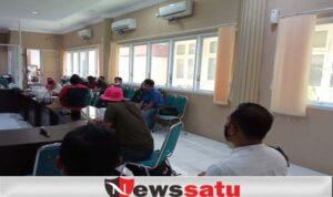 Pemilik Cafe Kota Probolinggo Meminta Penambahan Waktu Buka