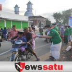 PAC GP Ansor dan Fatayat NU Pujer Berbagi Ratusan Takjil dan Masker