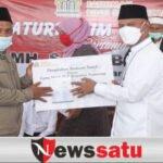 MH Said Abdullah Bagikan Puluhan Ribu Paket Sembako Di Madura
