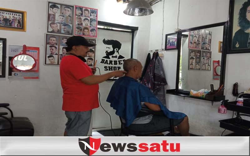 Inilah Tukang Cukur Rambut Di Probolinggo Yang Selalu Ramai