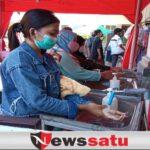 Jelang Idul Fitri, Pertokoan Di Kota Probolinggo Mulai Ramai Pangunjung