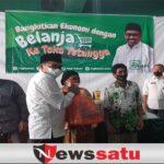 Ketua Komisi I DPRD Bondowoso Beri Bantuan Para Pedagang