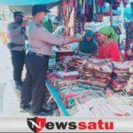Rawan Pekat, Polisi Blusukan Pasar di Palengaan Pamekasan