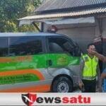 Ambulance Sumenep Nyeruduk Warung di Sampang
