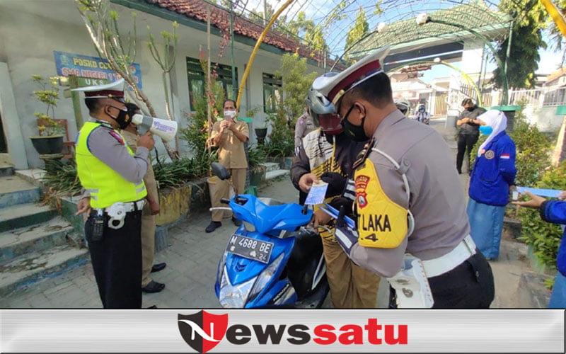 Melirik Upaya Satlantas Polres Sampang, Edukasi Tertib Lalin dan Prokes Siswa
