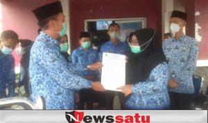 Dinkes OKI Serahkan Bantuan Kepada Lima Puskesmas di Kabupaten OKI
