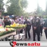 HUT TNI Ke-76 Digelar Bersamaan HUT Kodim 0820 Probolinggo Ke-4 Dengan Pemotongan Tumpeng